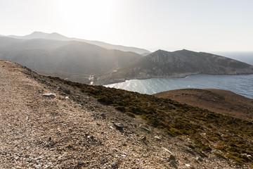 Paysage de montagne avec vue mer en Grèce