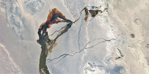 abstract forms of oil,abstract photography of the deserts of Africa from the air, Photographs magic, just to crazy, artistic, landscapes of your mind, optical illusions, abstract art,