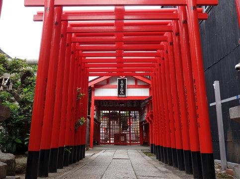 """日本 愛知 名古屋 大須 まねき稲荷の鳥居 Japan Aichi Nagoya Osu """"Maneki inari"""" torii"""