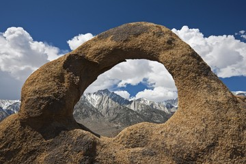 Whitney Portal Arch with Mount Whitney, Alabama Hills, Sierra Nevada, California, USA, North America