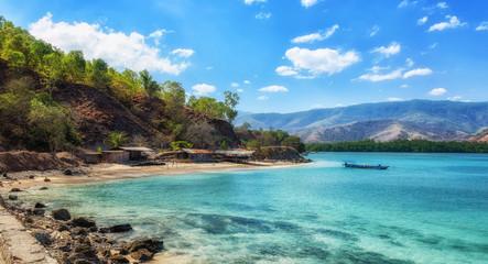 Tropical exotic coastline beach of dili in east timor Fototapete