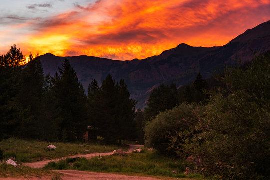 Sunrise at Maroon Lake