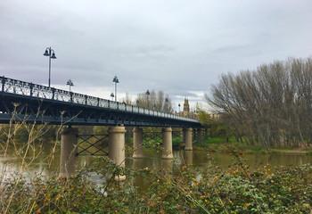 Puente de hierro, Logroño, España
