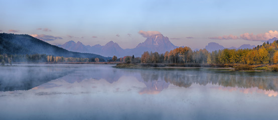 Oxbow Bend of Snake River with Mt Moran in Autumn at Sunrise, Grand Teton National Park, Wyoming, USA