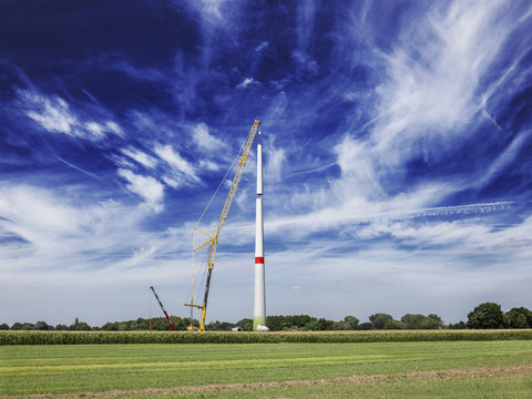 Construction of wind turbine, Alpen, Wesel, North Rhine-Westphalia, Germany