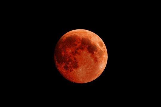 High Resolution Blood Moon