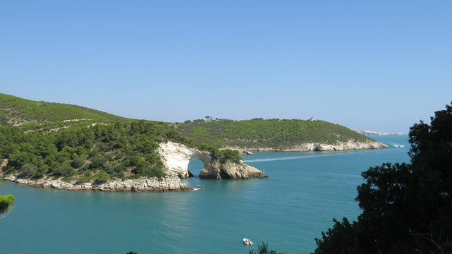 Panorama costa arco di Vieste