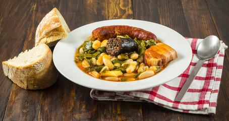Pote asturiano, cocina tradicional española