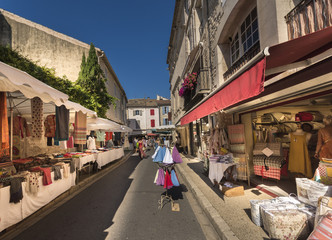 French people, vendors, shoppers, shopping, Wednesday Market, Saint-Remy-de-Provence, Provence, France, Europe