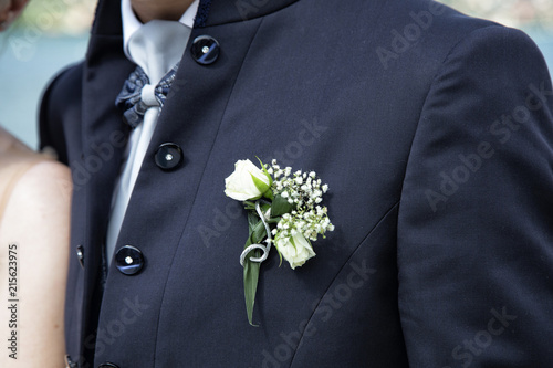 Matrimonio Elegante Uomo : Giacca elegante da uomo per matrimonio con bottoni brillanti e