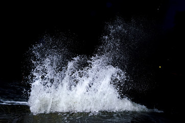 Photo sur Aluminium Eau Splashing wave on the Black sea.