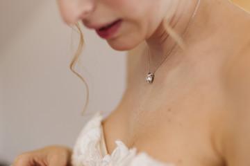 Mariée bijoux et robe