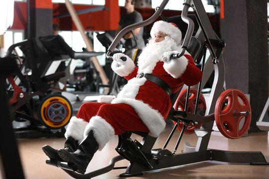 Authentic Santa Claus training in modern gym