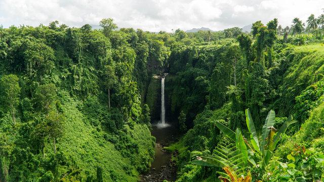 Breathtaking Sopoaga falls in Samoan paradise