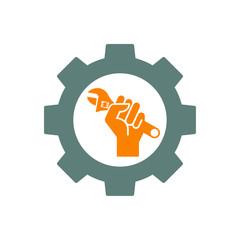Icono plano engranaje y mano con llave inglesa en gris y naranja