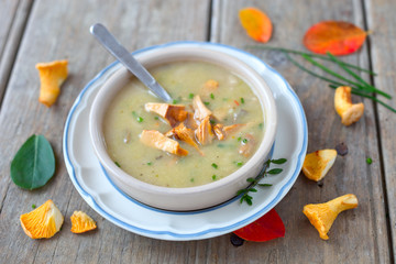 Pfifferling-Suppe