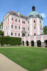 Schloss in Becov nad Teplou