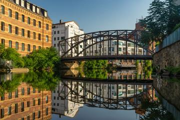 die Könneritzbrücke in Leipzig von der weißen Elster aus fotografiert