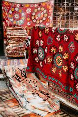 Traditional carpet market