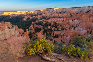 Amphitheater from Sunrise Point at sunset, Bryce Canyon National Park, Utah, USA