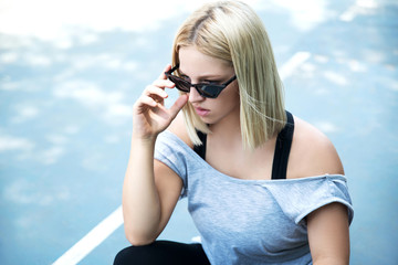 Young woman wearing sunglasses outdoor