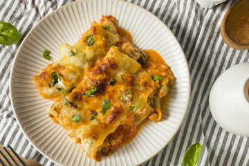 Baked Stuffed Vegetarian Cannelloni