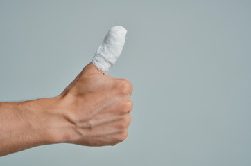 bandage finger