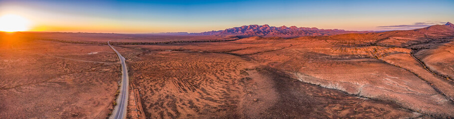 Foto auf Leinwand Dunkelbraun Wide aerial panorama of Flinders Ranges at sunset