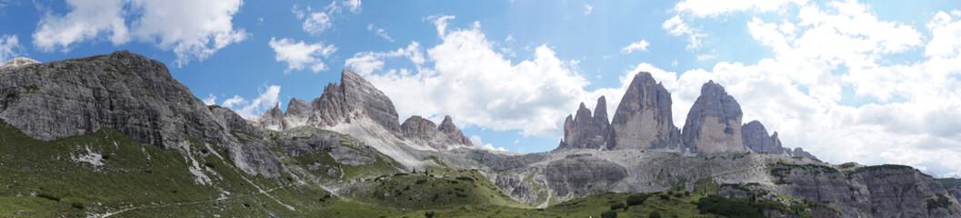 Panorama: Berggipfel der Dolomiten, mit Drei Zinnen, Tre Cime di Lavaredo