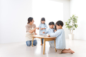 幼稚園・保育園・こども園