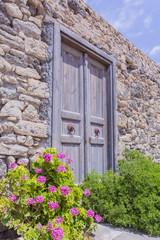 Vieille porte dans la Forteresse Kales à Ierapetra en Grète - Grèce