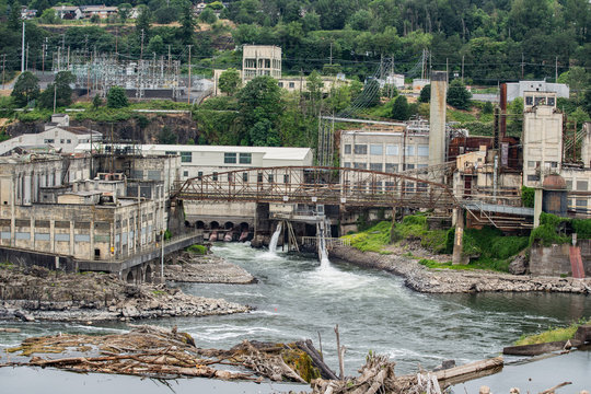 Abandoned paper mill factory on Willamette river in Oregon city.