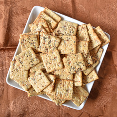 Gourmet whole grain crackers