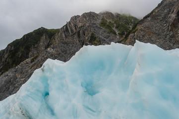 Berg und Eisformation sehen gleich aus; Franz-Josef-Gletscher, Neuseeland
