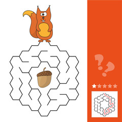 Help squirrel to find way to pinecone in the maze game. Funny game for children education. Maze - easy level.