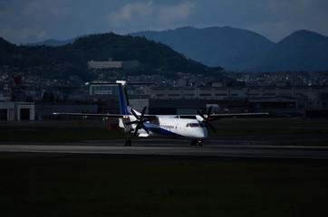 プロペラ旅客機