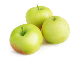 Green apples on a white background with a shadow (1)