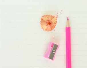 Fototapete - pencils , sharpener shave pink drawing on paper note background