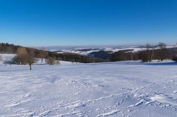 Winterlandschaft bei Altenberg mit Fernsicht