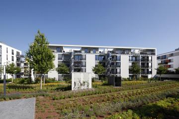 Wohnanlage Belair Frankfurt mit begrüntem Innenhof