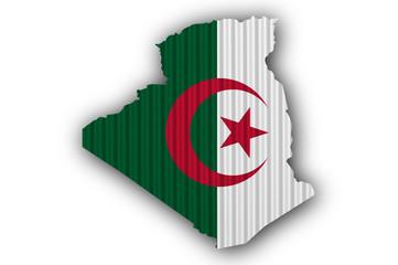 Foto op Aluminium Algerije Karte und Fahne von Algerien auf Wellblech