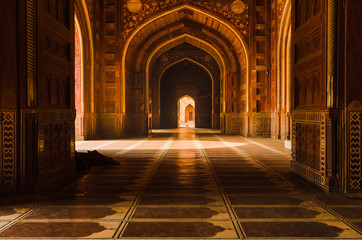 Decorated corridors and hallways in the Taj Mahal main mosque, Agra, India.
