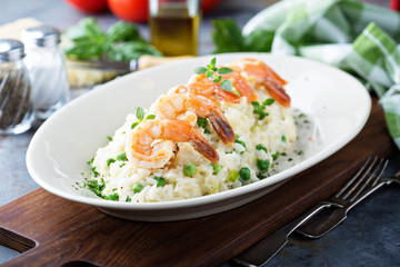 Green peas risotto with shrimp