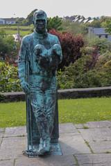 Annascaul - Statue de l'explorateur Thomas Crean dans le parc
