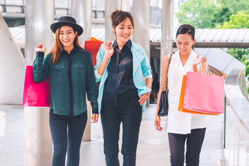 Happy woman with shopping bags enjoying in shopping. women shopping, lifestyle concept