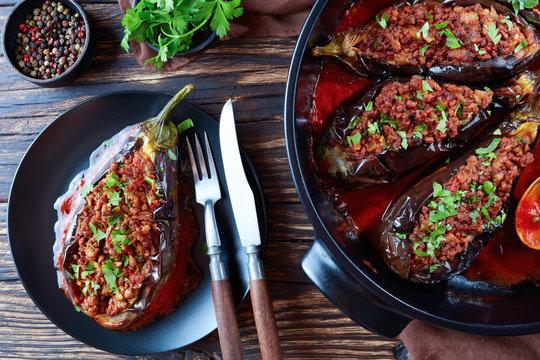 Karniyarik - Stuffed Eggplants on a plate