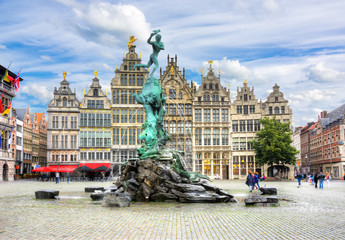 Foto op Canvas Antwerpen Brabo fountain on market square, Antwerp, Belgium