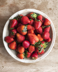 Fresh natural organic strawberry in a bowl