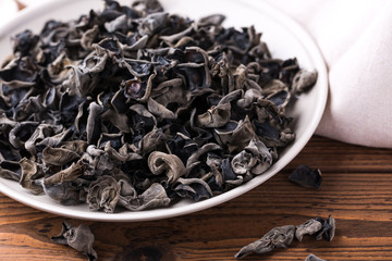 Dried Chinese black fungus