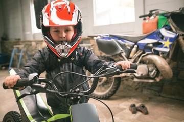 Kid prepare for bike ride